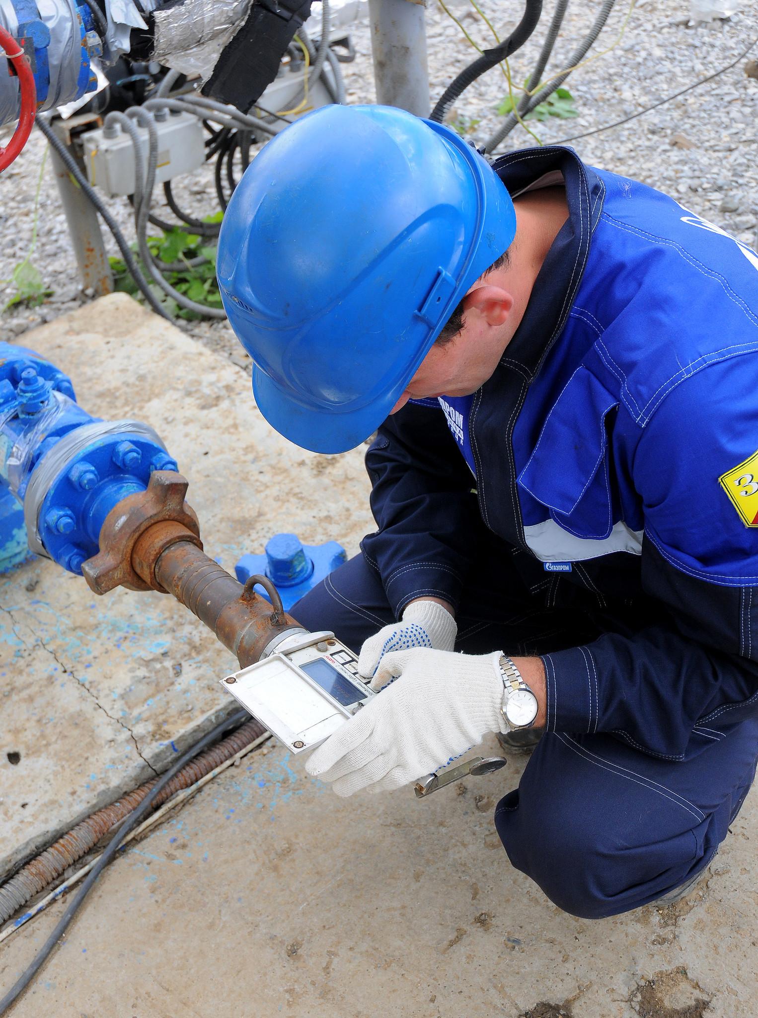 Производственная практика в ООО Газпром добыча Кузнецк студентов  Верный помощник оператора прибор СУДОС